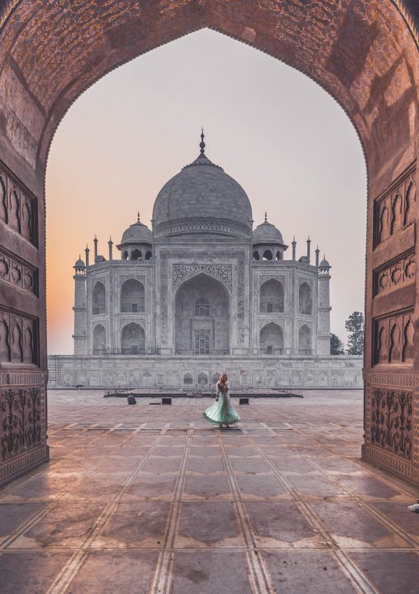 The perfect one day trip to the Taj Mahal.